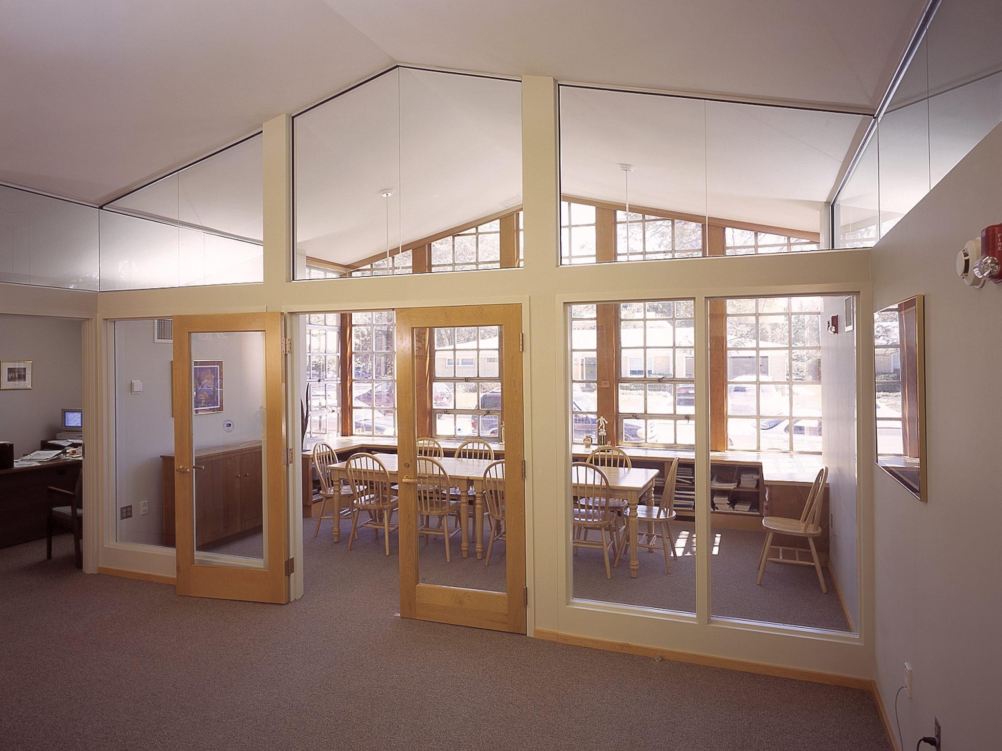 Follow Us & Elmwood Franklin School Library | HHL Architects