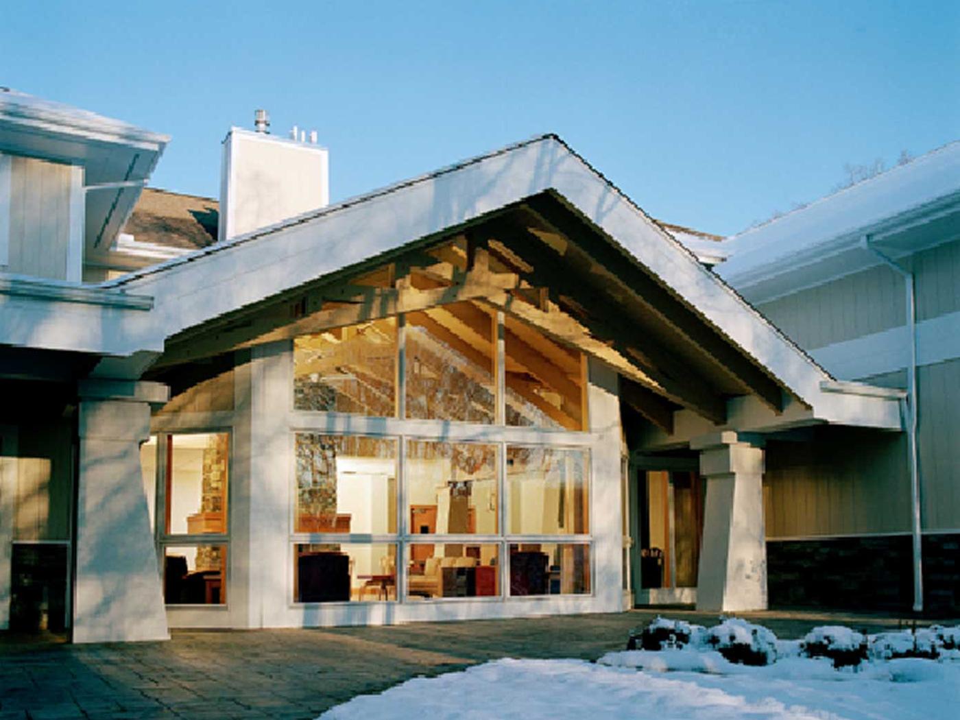 Madonna House Hhl Architects